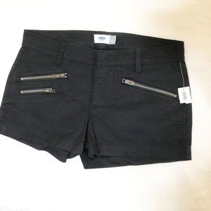 🌿3/$18 | NWT Old Navy | Black shorts with zippers
